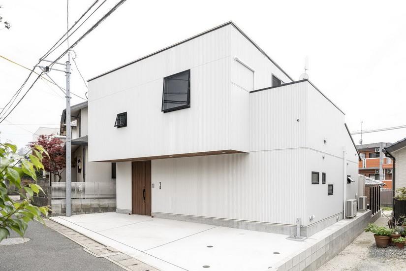 ไอเดีย และแบบการสร้างบ้านด้วยแบบ และแรงบันดาลใจจากรูปทรงตู้คอนเทนเนอร์