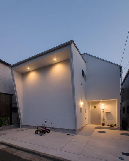 ไอเดีย และแบบการสร้างบ้านรูปทรงแปลกตาแต่น่าอยู่