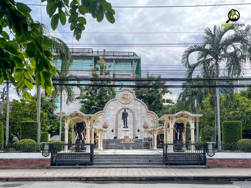 สถานที่ราชการ และอาคารสำนักงาน ที่อยู่ใกล้เคียงกับโครงการ